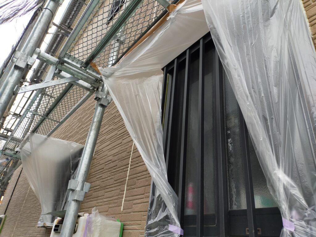 サイディング塗装DIY窓養生